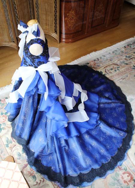 ウェディングドレスのようなシルエット制作