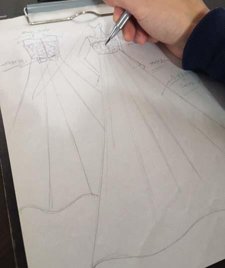 ピアノのコンサートドレス デザイン画