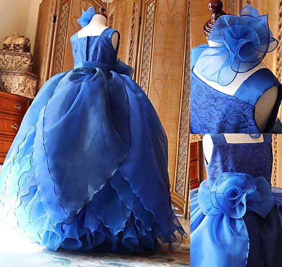 魅力的なスカートデザイン お花を連想させるスカート