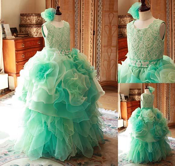 演奏者用のジュニアドレス エメラルドグリーンのお花ドレス