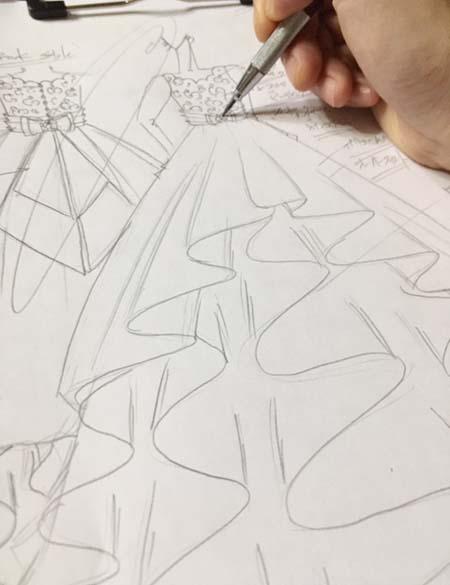 ドレスのデザインコンセプトから創り上げるデザイン画