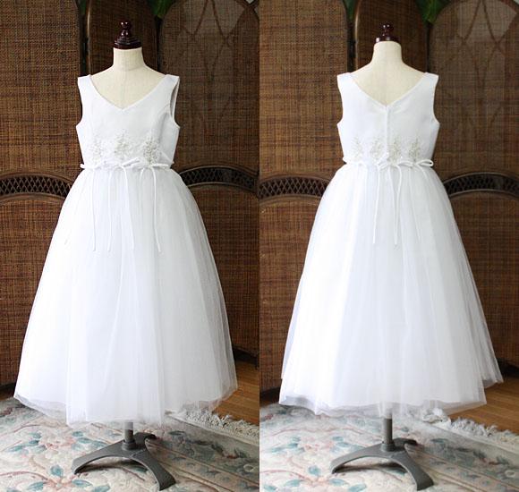 結婚式で着るお子様用のドレス