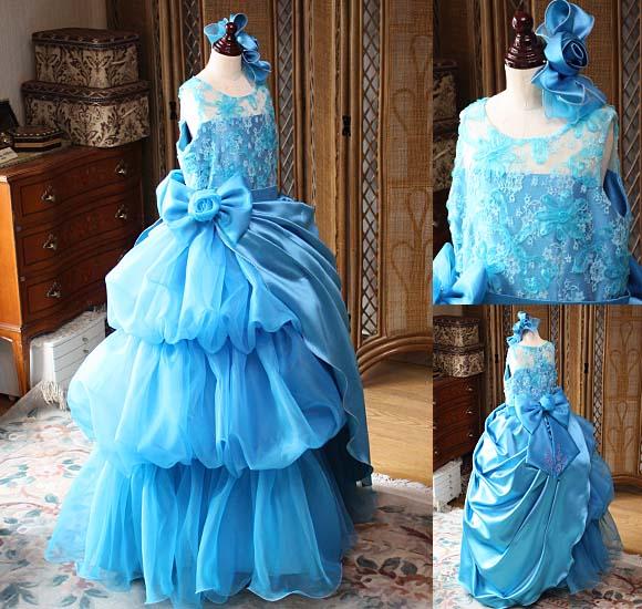 オーバースカートをアレンジして表現する2wayドレス