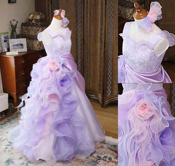 コンチェルトドレス 豪華なフリルと煌びやかなデザイン