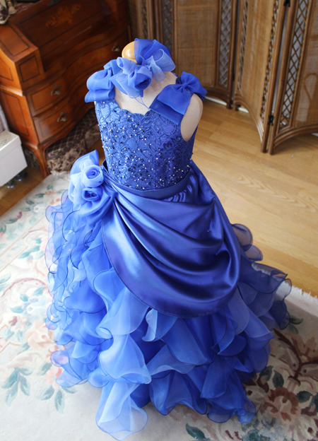 憧れのステージで着るコンサートドレス ロイヤルブルー