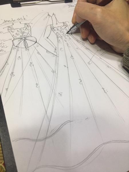 ピアノのコンチェルトドレス お客様に描いたデザイン画