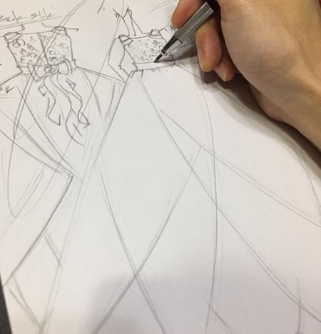 ドレスのデザイン画 ピアノのコンチェルトドレス 四国地域のお客様