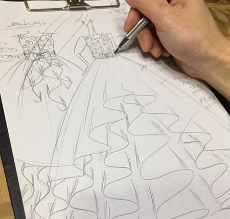 ピアノのコンチェルトドレス デザイン立案