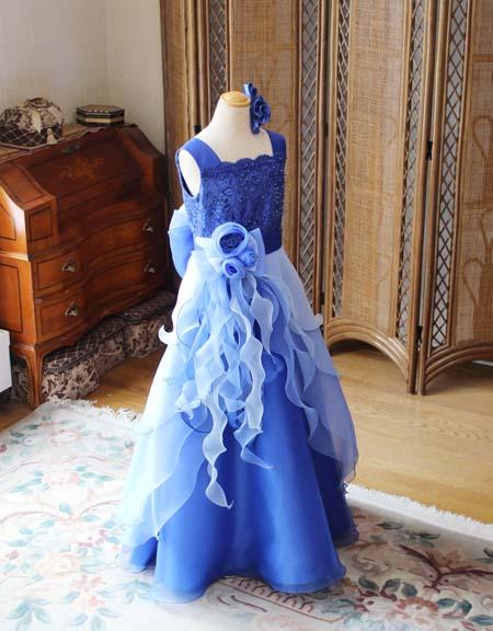 ジュニアドレス ブルーのグラデーションカラー