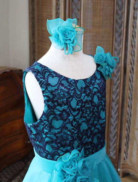ヘッドドレスとコサージュデザイン