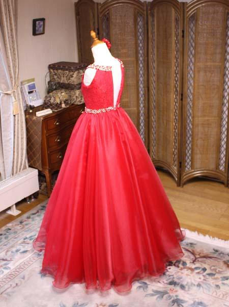 ボリュームのあるAラインスカート フレアデザイン
