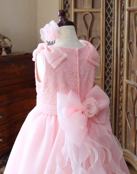 上半身デザイン 背後の構成 サーモンオレンジドレス