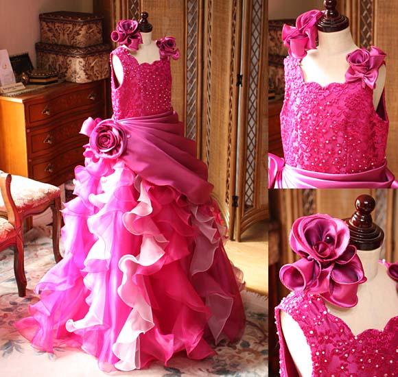 人気の豪華なデザインとインパクトを与える子供用ドレス