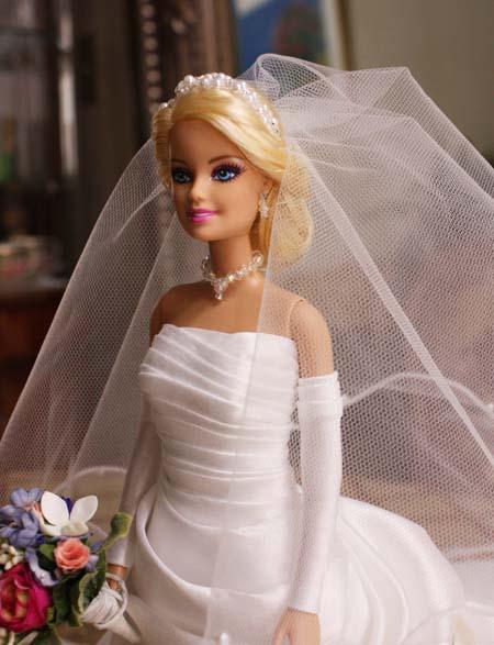 バービー人形 花嫁ウェディングドレス姿