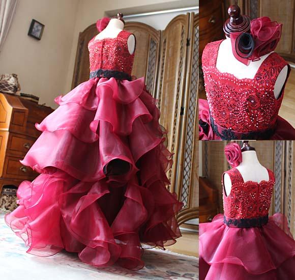 豪華な円形フリルのジュニアドレス