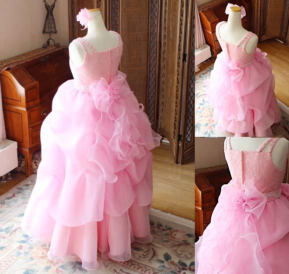 スカートのデザインとシルエット ステージに映えるドレス製作