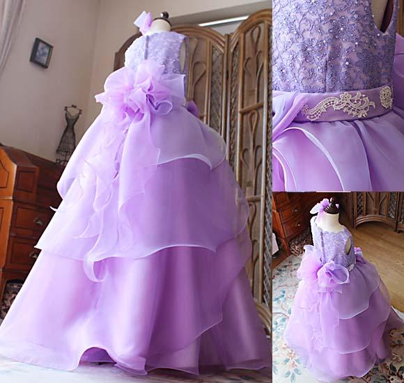 ドレスのデザインとカラーの配色 オーダーメイドドレス