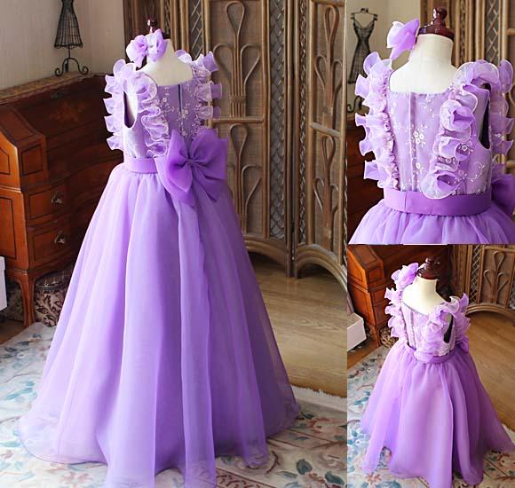 ヒヤリングと相談から作るドレス
