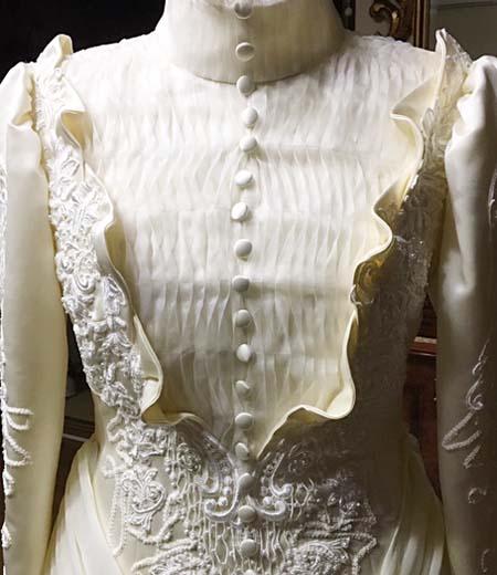 ヴィンテージスタイルを採用したウェディングドレス