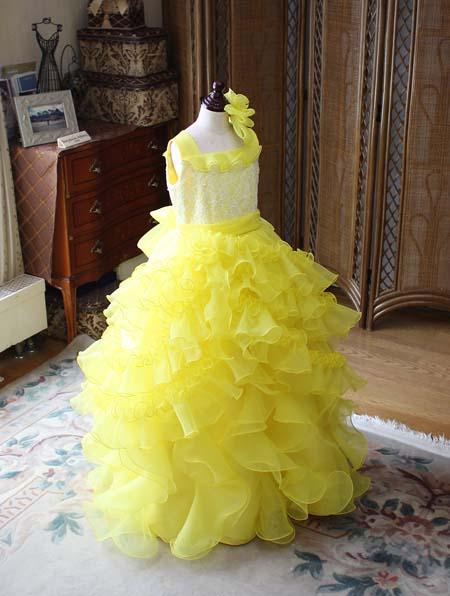 黄色が表現するドレス