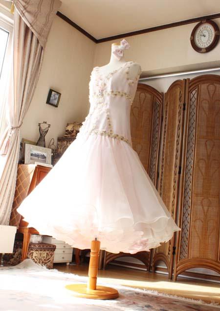 マーメイドスタイルを採用したドレス