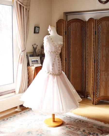 ドレスのデザイン マーメイドライン風