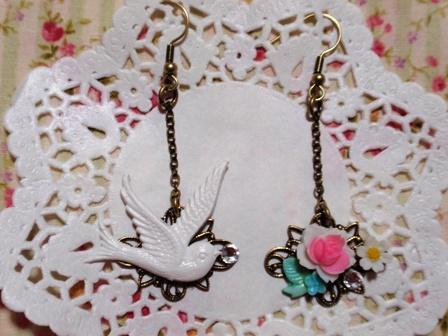 鳥とお花ピアス