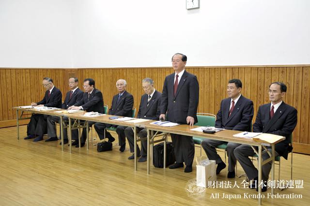 第3回全日本都道府県対抗女子剣道優勝大会審判会議_003