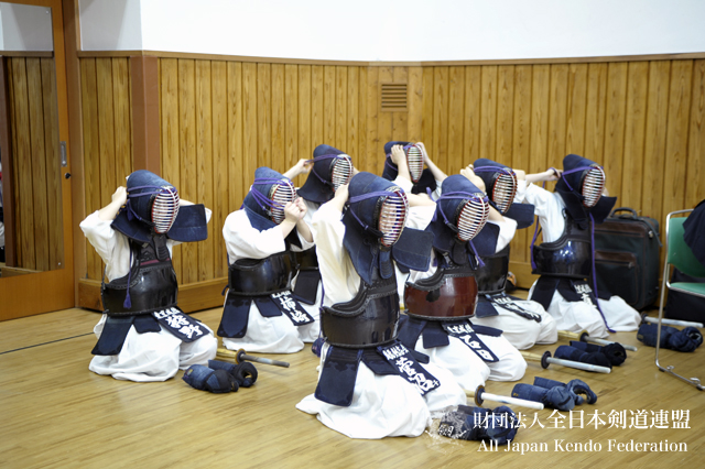 第3回全日本都道府県対抗女子剣道優勝大会審判会議_004