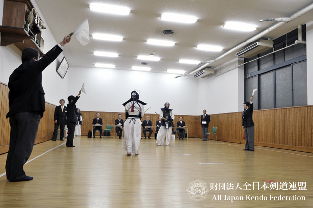 第3回全日本都道府県対抗女子剣道優勝大会審判会議_005