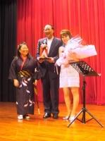 淡水鎮長(市長)蔡葉偉さんと岡田・お京さん