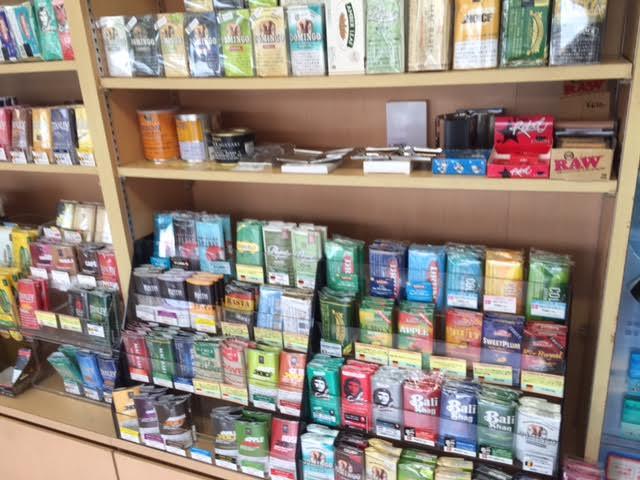 山梨甲府品数が多いタバコ屋自動販売機手巻きタバコメンソール