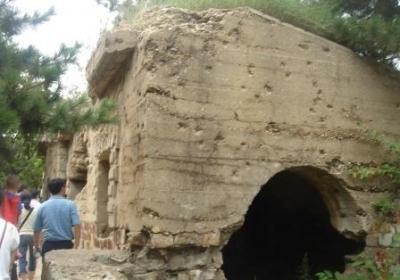 東鶏冠山の要塞1