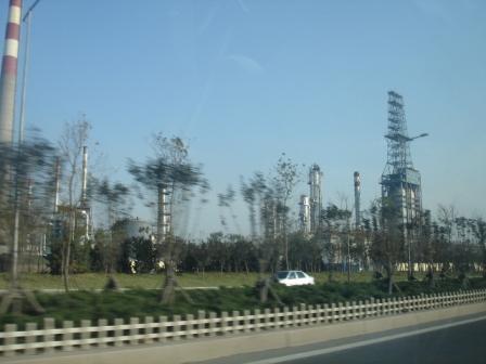 石油コンビナート