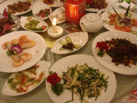 美味しい料理と古越龍山
