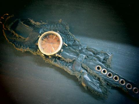 ゴスラボ 腕時計
