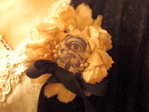 bao et bao バオエバオ sciences physiques*corsage -eye×flower-