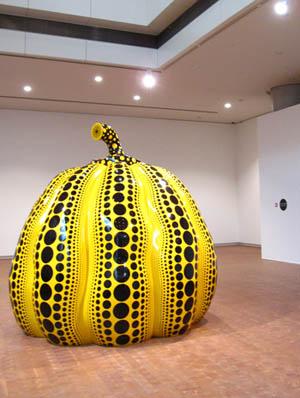 国立国際美術館『草間彌生展』