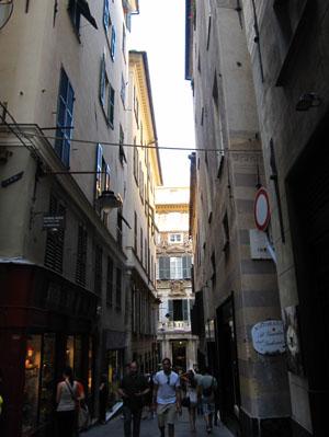 ジェノヴァの路地