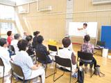 岐阜県瑞浪市ハートピアで、シューフィッターによる講演。あしに合った靴で健康づくり。外反母趾、腰痛、膝痛にならないための靴選び。高齢者の靴選び。転ばない靴選び。