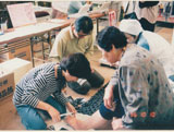 岐阜県瑞浪市 健康祭り、恵那市健康祭りで シューフィッターによる足の健康度チェック、靴が合っているかチェック。外反母趾、タコ、ウオノメ、巻爪、足が痛い、ふくらはぎがだるい、足の裏が痛い。モートン病の相談かい