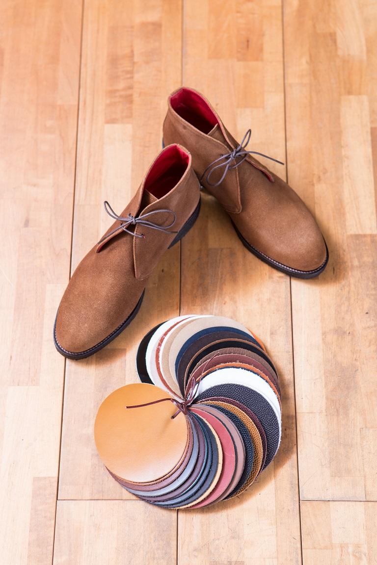 紳士靴、オーダーメイド靴。岐阜県のシューフィッターがお見立てします。幅が広い、甲が高い、足が小さい、足が大きい、外反母趾、タコ、ウオノメ、足が痛い、足の裏が痛い、カッコいいビジネス靴が作りたい、足に合った上質な靴が作りたい紳士の皆様、ぜひご相談ください。オーダーメイド靴は、足を採寸して、お作りします。必要であれば、中敷き(インソール)も加工調整できます。