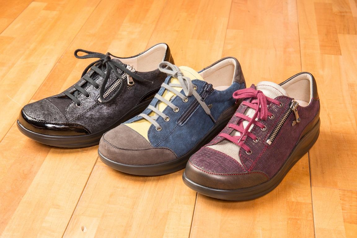 岐阜、愛知、三重、名古屋、長野、高山、木曽 シューフィッター—、上級シューフィッタのいる靴屋、足が痛い、ウォーキング靴、旅行靴、楽な靴、オーダーメイド靴 シューフィッターによる足型計測 カウンセリング、靴の相談 足が痛い 靴