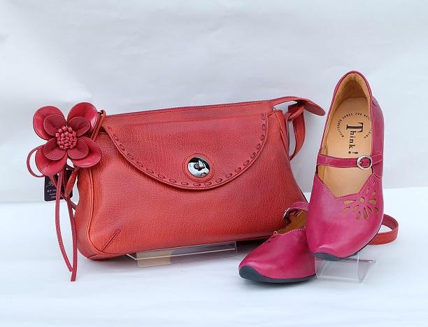バッグ、カバン、鞄、かばんもやっています。三喜屋靴店。岐阜、愛知、三重、名古屋、シューフィッター
