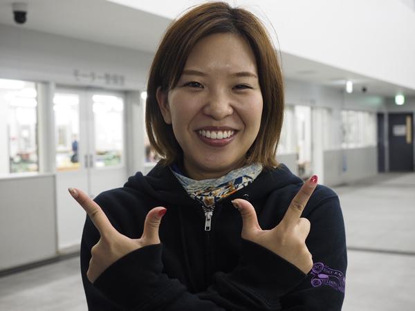 12・小野生奈選手.jpg