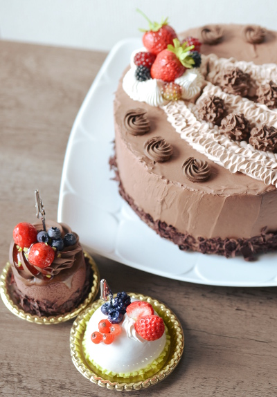チョコクリームケーキ