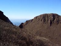 由布岳 東からみる西峰