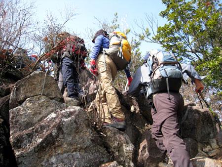 可愛岳 急坂を登る