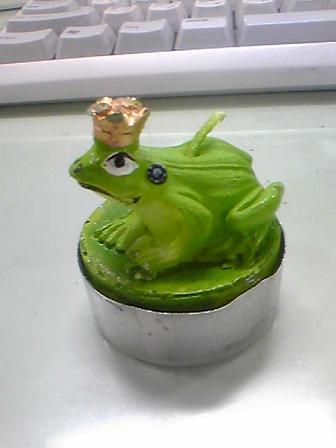 カエルの王様?