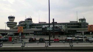 ベルリン ブランデンブルク 国際 空港